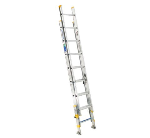 Aluminum Extension Ladder with Integrated Leveling